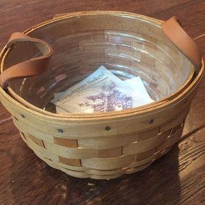LongaBerger button basket